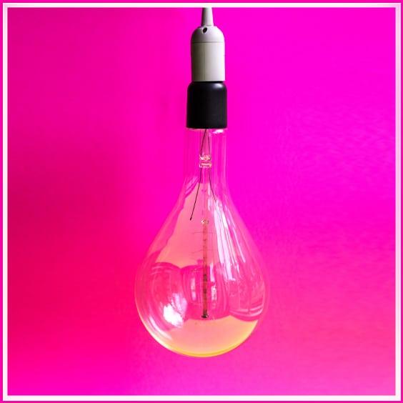 מנורה ורודה